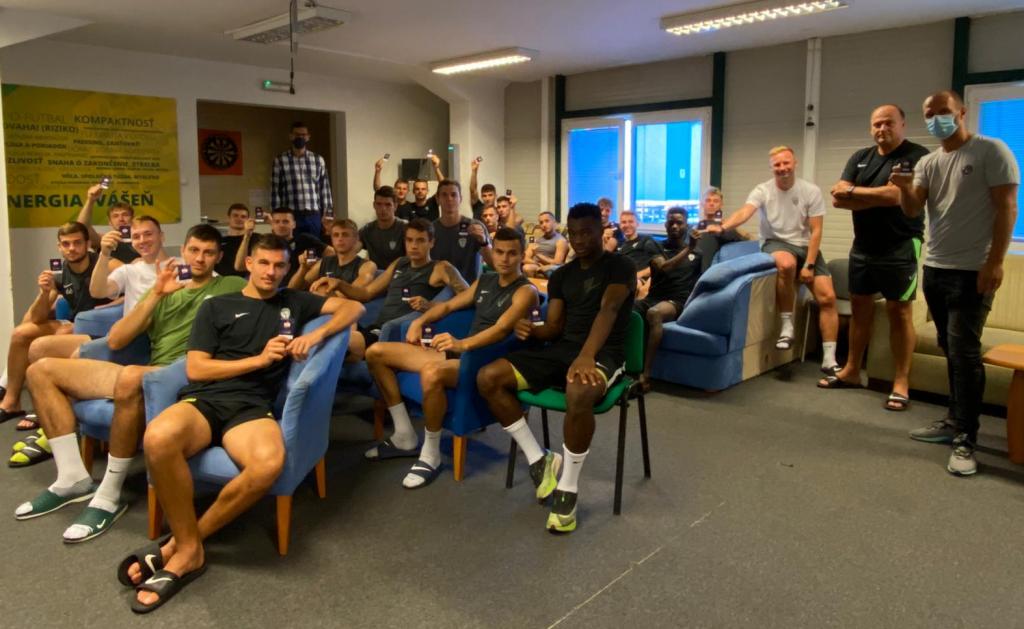 Prezident ÚFP sa stretol s hráčmi už v 25 kluboch